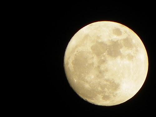5.3.2009 Moon Ksiezyc , Chicago IL, - Kodak Z980 Test