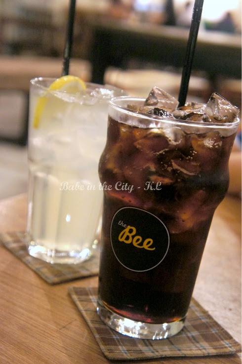 The Bee's Freshly-Made House Lemonade RM6.50 & Stewart's Fountain Classic Root Beer RM8.50