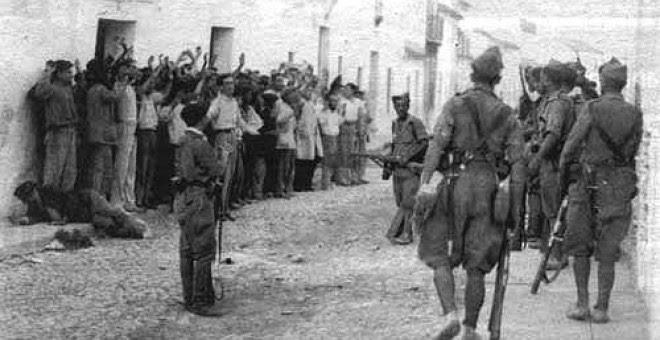 Los militares golpistas entraron a Badajoz en agosto del 36 cometiendo una de las mayores matanzas de la Guerra Civil.