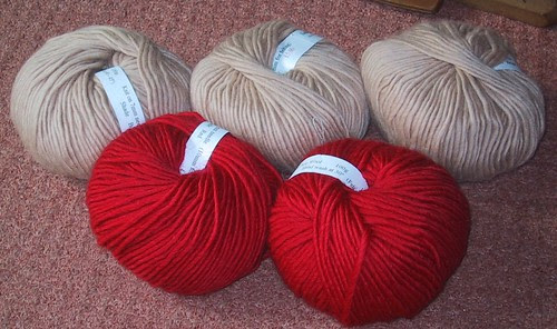 Wool for felted honeycomb bag