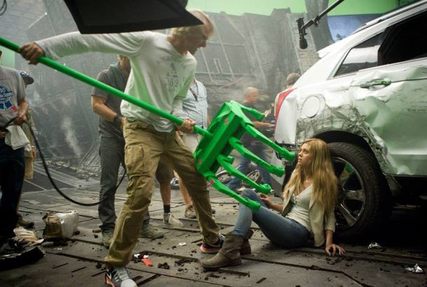 Michael Bay directs Nicola Peltz in a scene from Transformers: Age of Extinction.