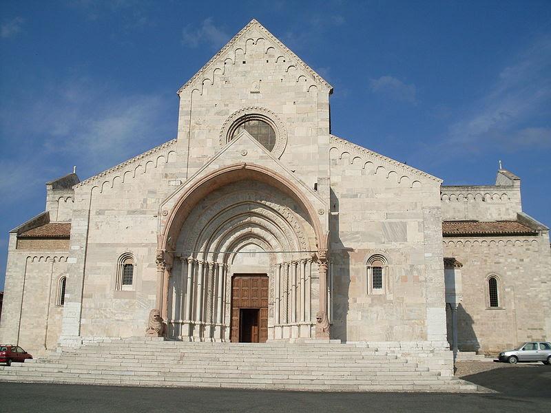 Resultado de imagen de Catedral de San Ciríaco umbria
