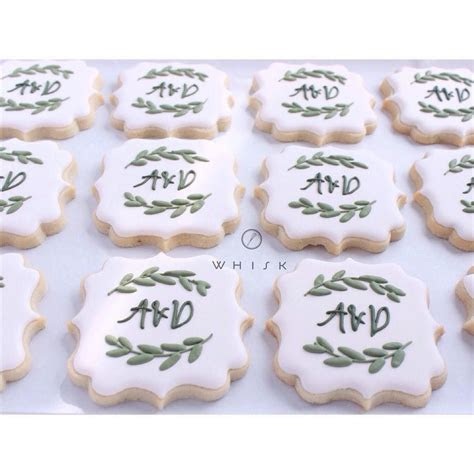 @shopthewhisk monogram cookie    Wedding shower ideas
