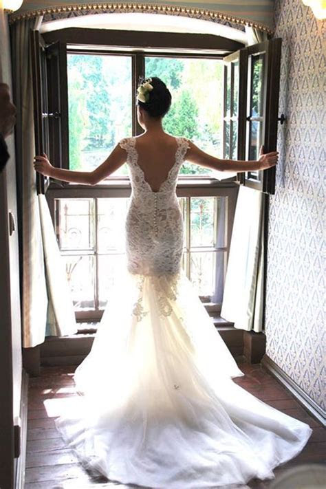 17 Things every bride needs to know before wedding dress