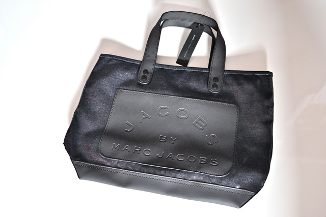 marc by marc jacobs denim shopper tote shopping bag coated coat shiny bookmarc paris fashion blogger turn it inside out belgium