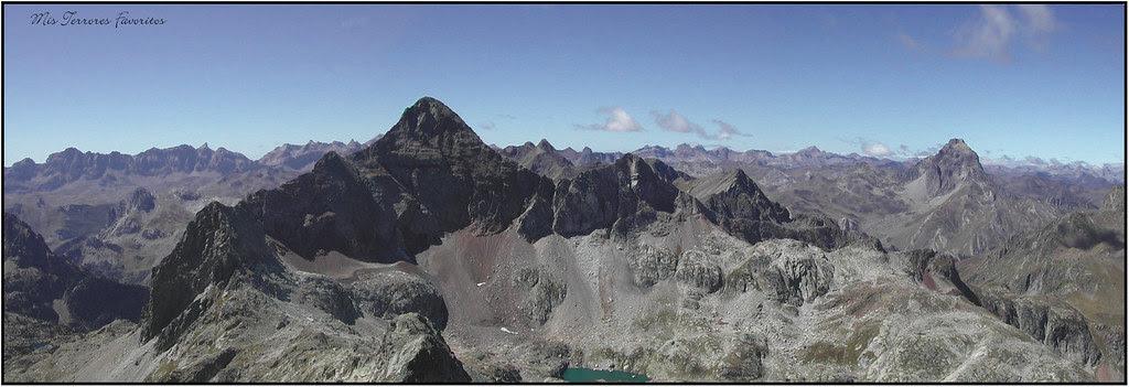 vertiete norte del pico arriel 2824 m con el midi al fondo