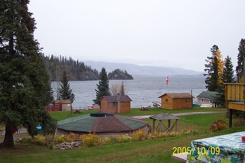 File:Babine Lake with huts (321870589).jpg