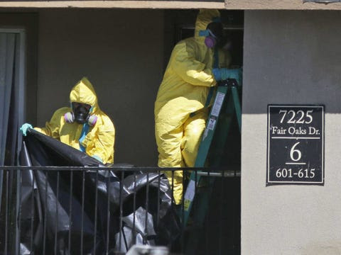 http://static6.businessinsider.com/image/542ff6356da81185282118eb-480/ebola-texas.jpg