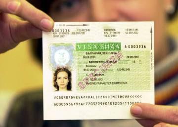 La Eurocámara exige a Bruselas que imponga visado a los estadounidenses