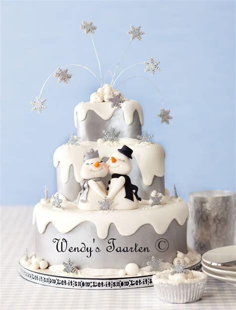 A Winter Wonderland Wedding Cake   CakeCentral.com