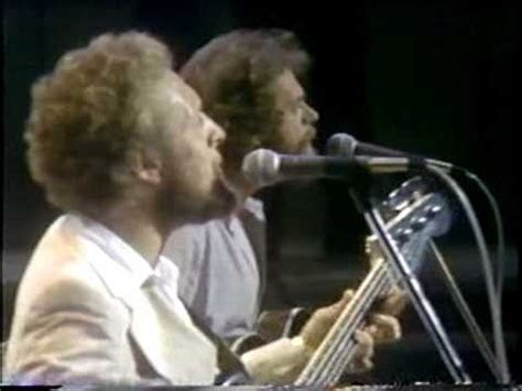 CUT THE CAKE / AVERAGE WHITE BAND   YouTube