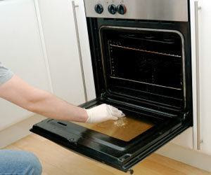 How To Remove Burnt On Food And Soot From A Glass Oven Door How To