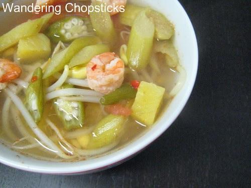 Canh Chua Tom (Vietnamese Sour Shrimp Soup)
