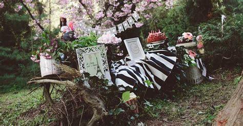 Kara's Party Ideas Parisian Love Outdoor Picnic Birthday