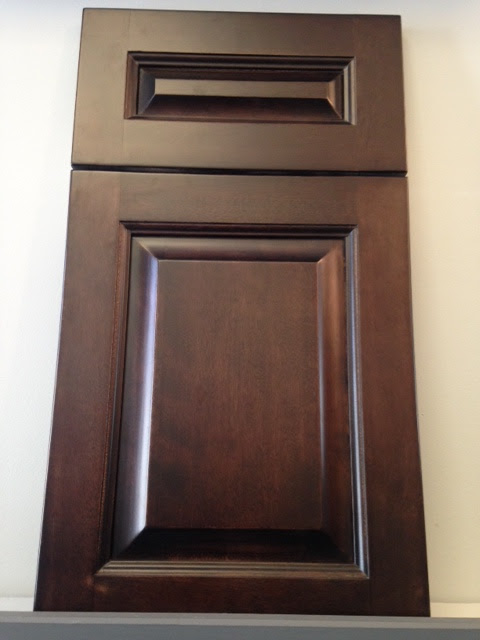 Raised Panel Door Styles & Finishes - Cabinets R Us ...