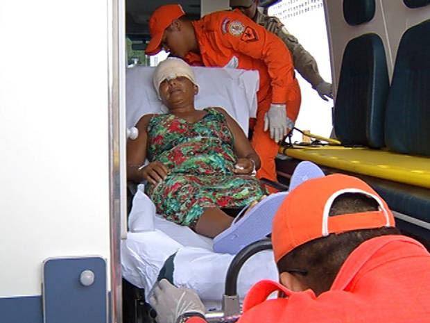 Nona vítima de escalpelamento foi transferida do Marajó para Belém neste sábado (11). (Foto: Reprodução/TV Liberal)