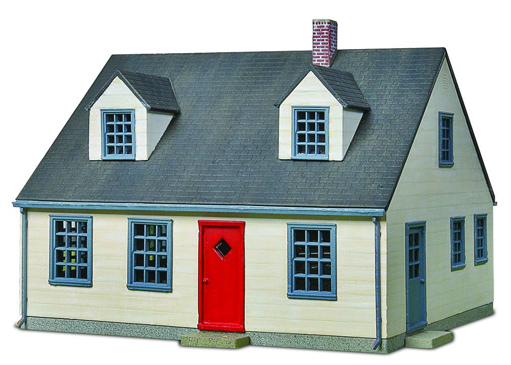 Amazon.com: Bachmann Trains Cape Cod House: Toys & Games