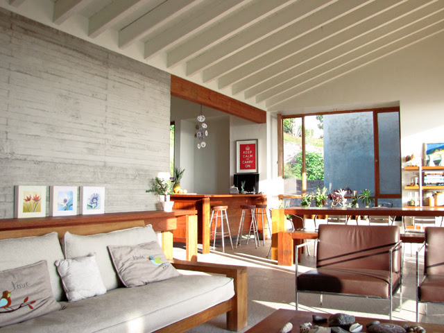 Living dining area