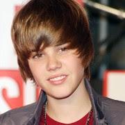 """Justin Bieber prega sobre Deus ao vivo em grande premiação americana: """"Jesus ama cada um de vocês"""""""