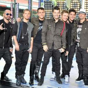 Joey Mcintyre With Some Members Of Nkotbsb picture