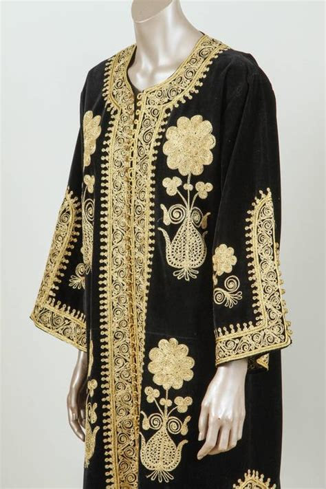 Moroccan Caftan, Black Kaftan Embroidered with Gold Size L