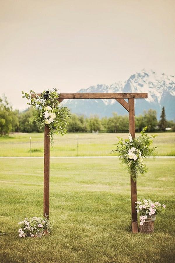simple rustic wedding arch ideas