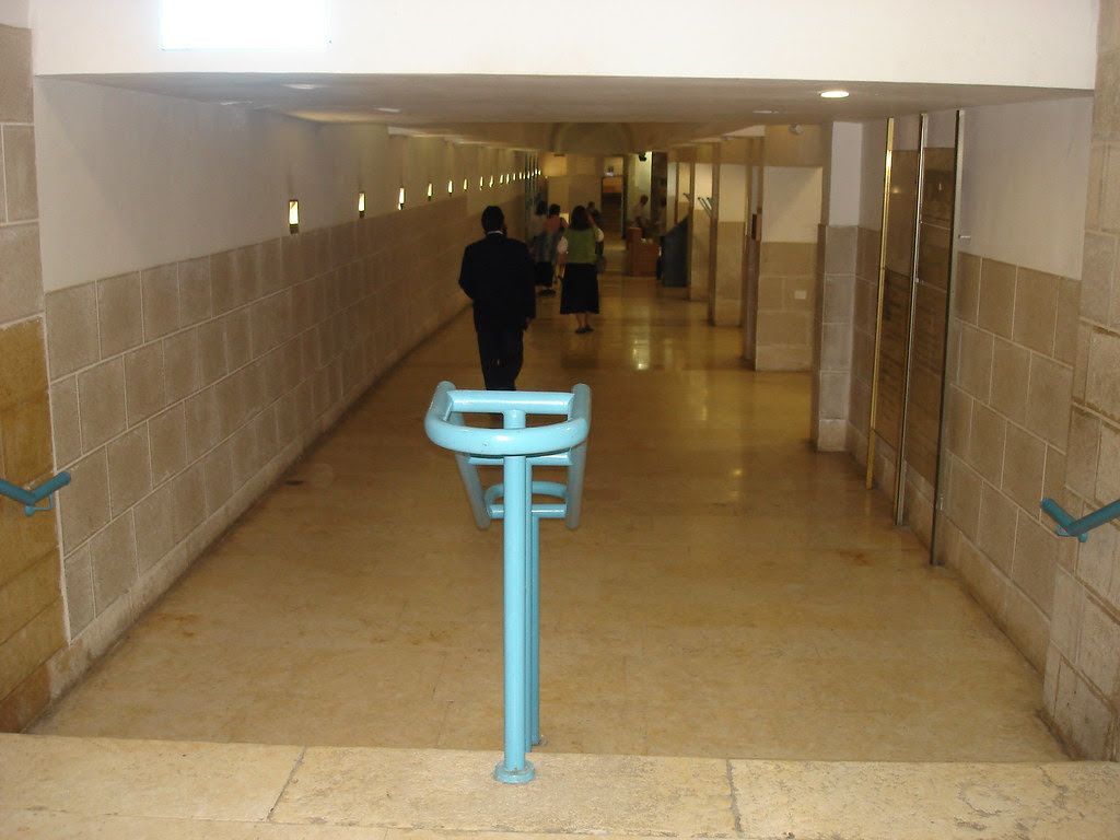 Hall leading to Rachel's Tomb