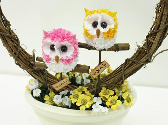 Mini buhos muy bien hechos. Mascotas florales.