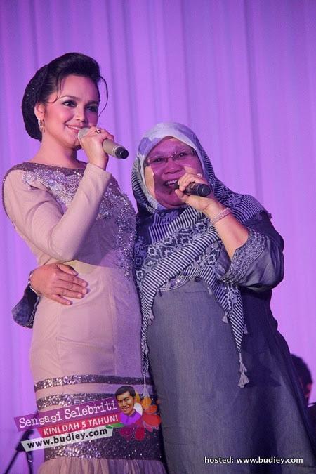 Siti Nurhaliza Hari Ibu 2012