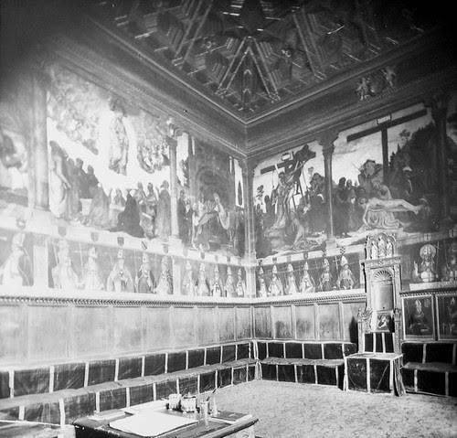 Sala Capitular de la Catedral de Toledo a finales del siglo XIX. Fotografía de Alexander Lamont Henderson