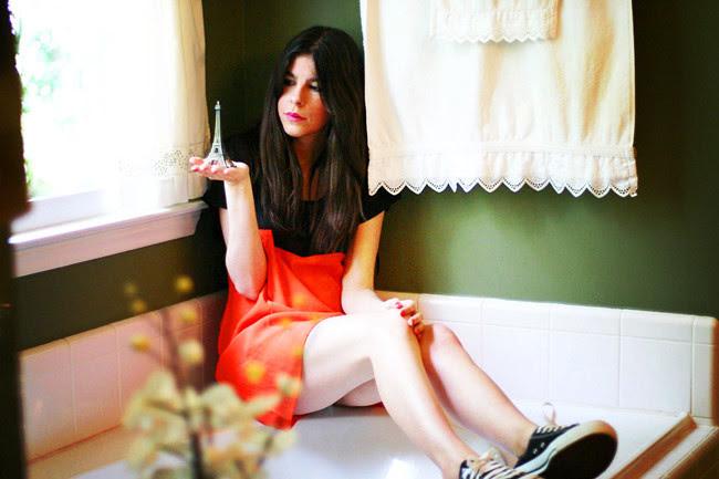Motel sheer dress, color blocking Fashion, Eiffel Tower, Paris, Outfit