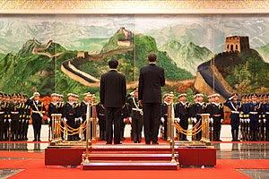 President Barack Obama and Chinese President H...