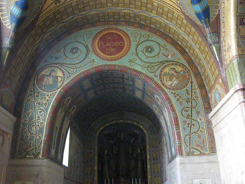Monte Cassino Crypt Mosaics 04.JPG
