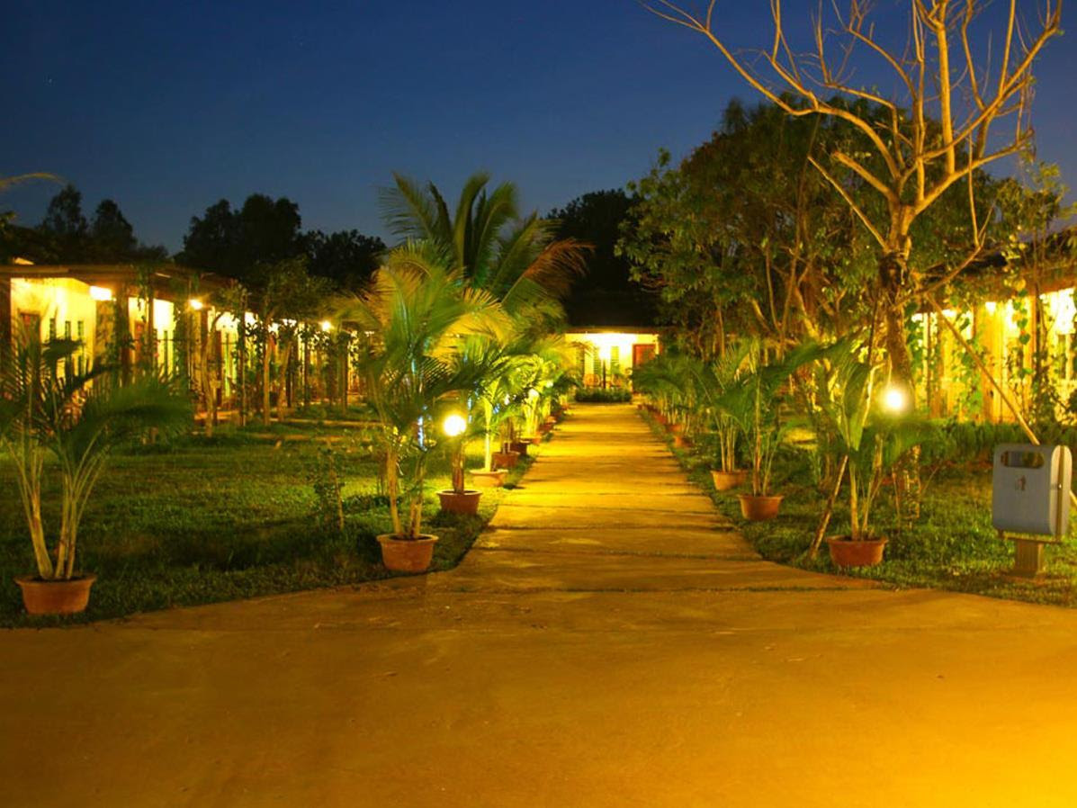 Discount Legacy Hotel and Resort