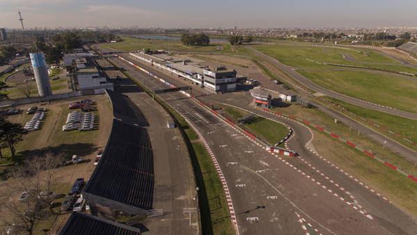 El proyecto contempla mejoras en la pista y las tribunas para recuperar la actividad. Foto: Mario Quinteros