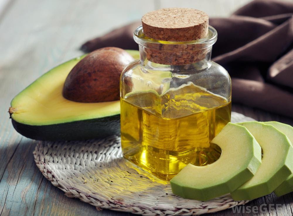 A Girl Tested Avocado Oil on 9 Different Ways. The Results?