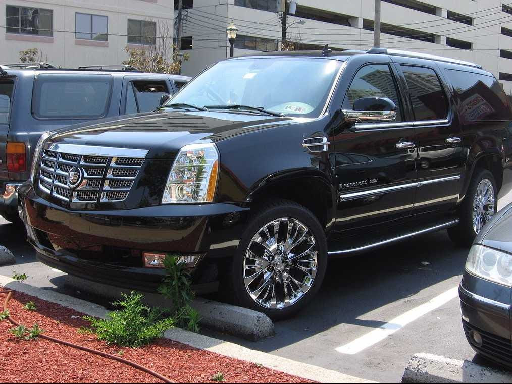 When Spiegel turned 16 and got his driver's license, he was given a 2006 Cadillac Escalade, which he parked in the gated Southern California Edison parking lot next to his school. Spiegel's father represented Edison during the energy crisis.