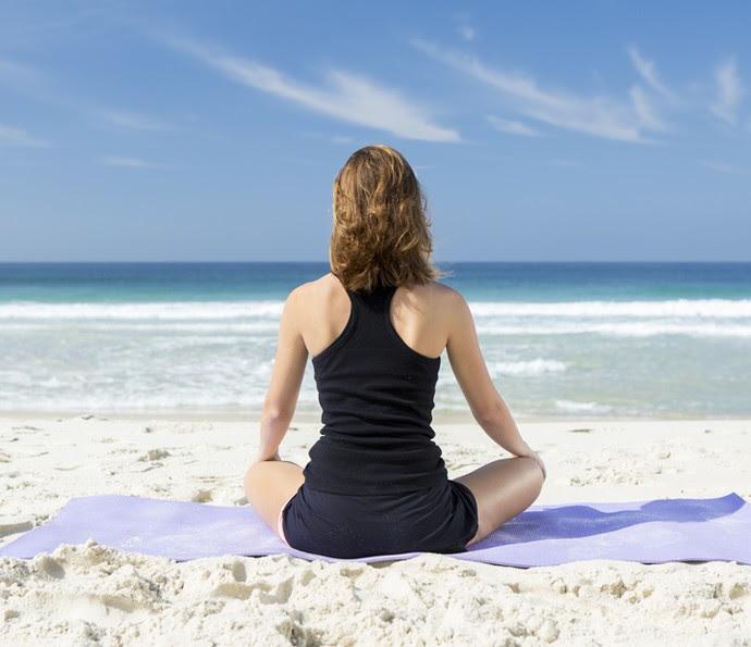 A atriz diz que o mar renova suas energias e sempre que pode, dá um pulinho na praia (Foto: Felipe Monteiro/Gshow)