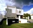 Modern House Interior Design with Two Courtyards » Decodir