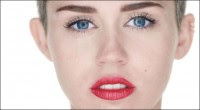 """""""Miley Cyrus vendeu sua alma ao diabo?"""", questiona jornalista, após cantora lançar clipe """"Wrecking Ball"""" em que aparece nua"""