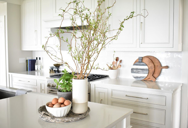 NantucketInspired White Kitchen Design  Home Bunch Interior Design Ideas