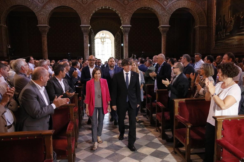 """Puigdemont: """"Damos miedo al Estado y más que daremos"""""""