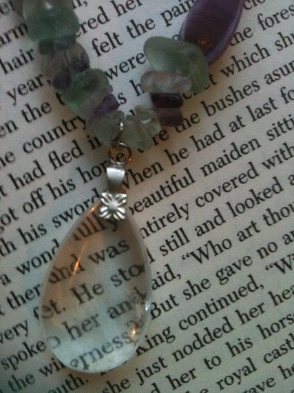 Lovely Lavender Amethyst And Clear Quartz Crystal Teardrop Pendant Necklace