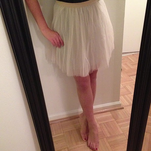 "Checking off 'wear a tutu' from my bucket list. Well sort of. Trying on the tutu skirt from #LOFT in regular 00 before it goes back in store. Measures 26"" in the waist by 18.5"" long. There's a grey jersey lining underneath so it's not see through."