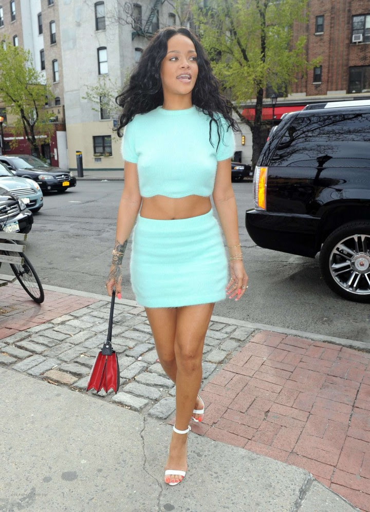 Rihanna in a Skirt -04