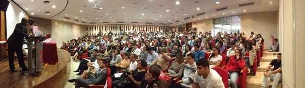 Auditório da universidade ficou lotado para ouvir o ministro (Breno Fortes/CB/D.A. Press)