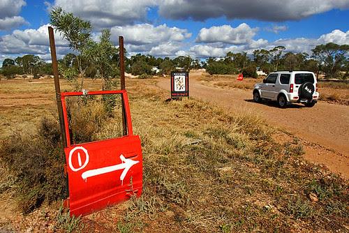 Lightning Ridge, New South Wales, Australia IMG_5641_Lightning_Ridge_Red_Car_Door_Tour