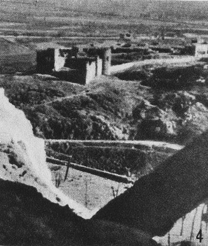 Castillo de San Servando desde el Alcázar de Toledo durante la Guerra Civil