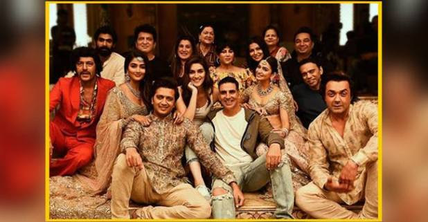 Akshay Kumar Turned A King AndRiteish Deshmukh AndBobby Deol Royal Courtiers For Housefull 4