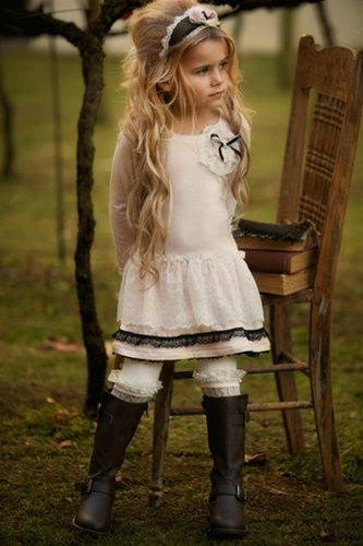 So adorable! Dollcake Clothing - French Vintage Dress
